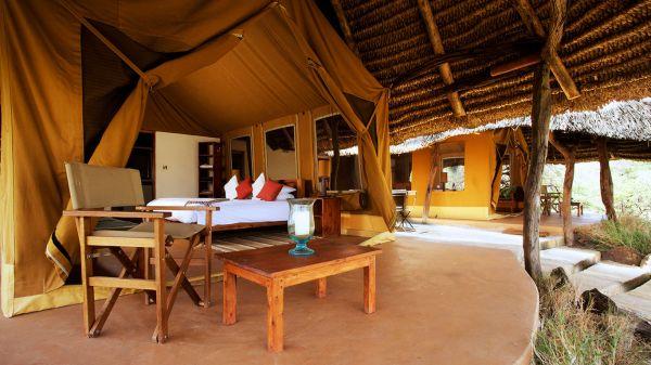 lewa-safari-camp-family-tent-4FA20F1EC-AD24-03A4-FE4E-DB38C3164D52.jpg